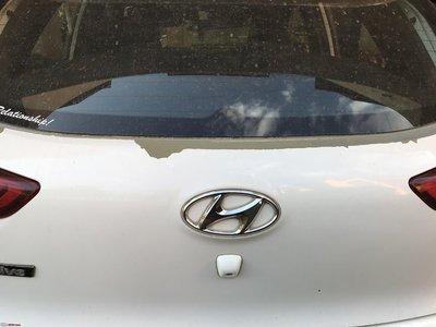 Các màn xe Hyundai dính phốt: Sơn tự phục hồi bị bong tróc
