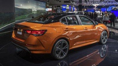 [Los Angeles 2019] Nissan Sentra 2020 sở hữu nhiều điểm nhấn bắt mắt