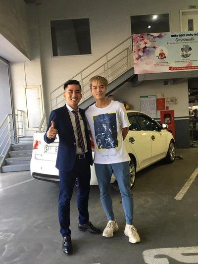 """Cầu thủ Văn Toàn """"tậu"""" xe Toyota Altis: Hoá ra chỉ là """"tin đồn"""" 3a"""