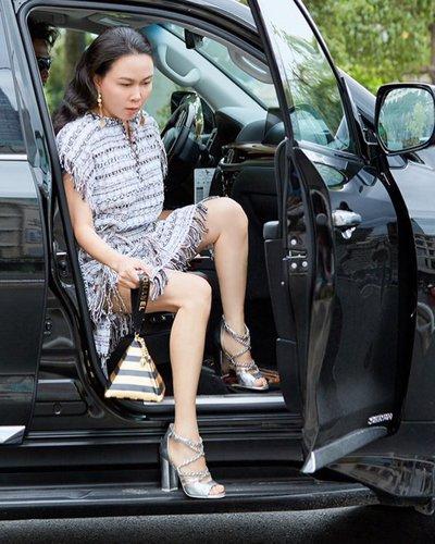 Chọn trang phục khi lái xe ô tô sao cho an toàn và hợp lý? 4a