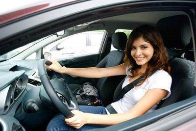 Chọn trang phục khi lái xe ô tô sao cho an toàn và hợp lý? 2a