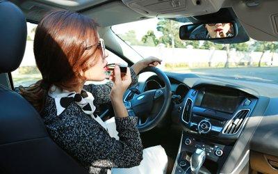 Chọn trang phục khi lái xe ô tô sao cho an toàn và hợp lý? 1a