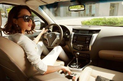 Chọn trang phục khi lái xe ô tô sao cho an toàn và hợp lý? 6a