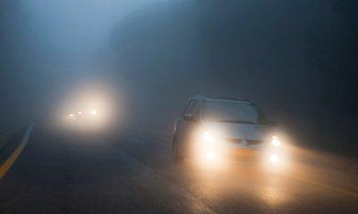 Sử dụng đèn chiếu hợp lý khi lái xe vào ban đêm không có đèn đường.