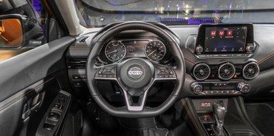 Nội thất xe Nissan Sentra 2020.