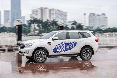 Top 5 xe bán chạy phân khúc SUV 7 chỗ tháng 10/2019 a3