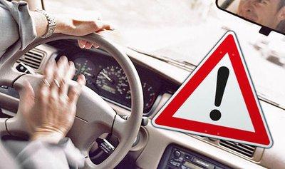 """10 cách để """"đánh bại"""" căng thẳng khi lái xe s"""