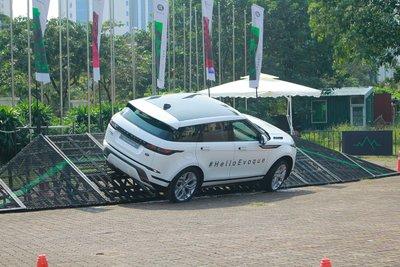 Giá lăn bánh xe Range Rover Evoque 2020 a33