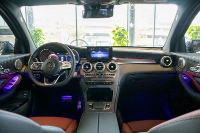"""""""Mục sở thị"""" Mercedes-Benz GLC 300 4Matic 2020 vừa cập bến đại lý a10"""