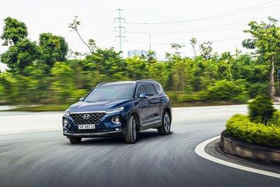 Hyundai Santa Fe giảm giá mạnh tại đại lý, đẩy nhanh hàng tồn kho 4a
