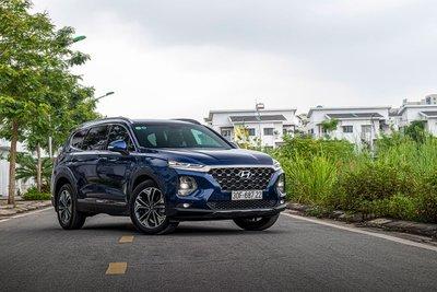 Hyundai Santa Fe giảm giá mạnh tại đại lý, đẩy nhanh hàng tồn kho 1a
