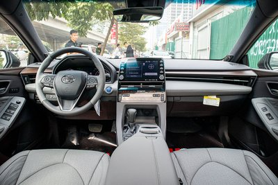 Toyota Avalon Hybrid 2020 đầu tiên về Việt Nam có gì đặc biệt a9
