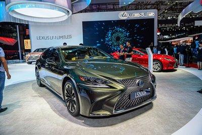 Giá lăn bánh xe Lexus LS 2020: Tăng mạnh so với năm 2019 1