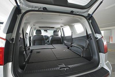 Mua xe MPV nên để ý gì - Gập ghế