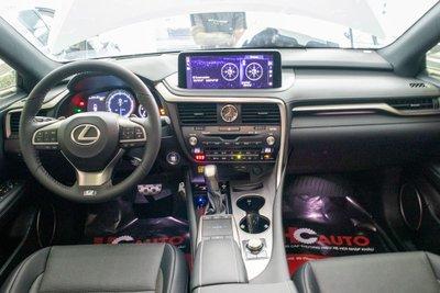 Lexus RX350 F-Sport 2020 đắt hơn hàng chính hãng gần 1 tỷ đồng có gì? a11