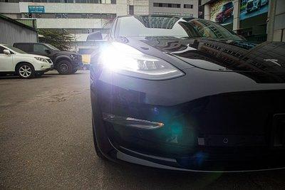 Ảnh chi tiết xe Tesla Model 3 vừa về Việt Nam a8