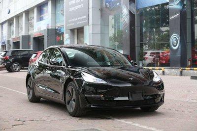 Ảnh chi tiết xe Tesla Model 3 vừa về Việt Nam a1