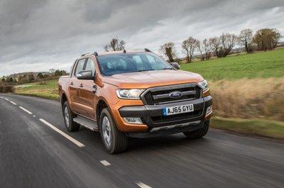 Top 5 mẫu bán tải tốt nhất đầu năm 2020 - Ford Ranger