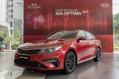 Kia Optima có mức giá bán nhất phân khúc sedan hạng D 1