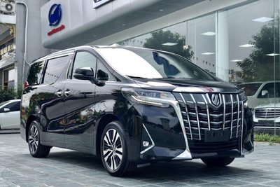 Toyota Alphard đạt doanh số 124 xe bán ra năm 2019 1