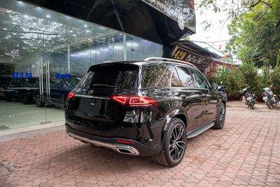 Đuôi xe Mercedes-Benz GLE300 Diesel 2020
