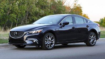 4 mẫu xe Sedan giá 1 tỷ đáng mua dịp Tếts