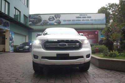 Ảnh chụp trước xe Ford Ranger Limited 2020