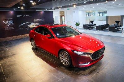 Đại lý thử phanh khẩn cấp xe Mazda 3 2020: Nhận kết quả