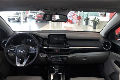 Thông số nội thất xe Kia Cerato 2020 1
