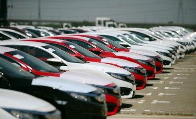 Nhìn lại những thay đổi nổi bật do chính sách trên thị trường ô tô Việt theo từng năm - Ảnh 2.