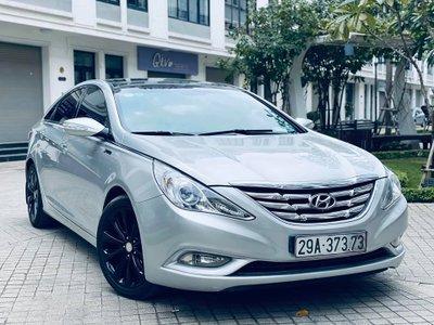 """""""Hàng hiếm"""" Hyundai Sonata nội địa Hàn cũ full trang bị, giá rao bán dưới 500 triệu đồng."""