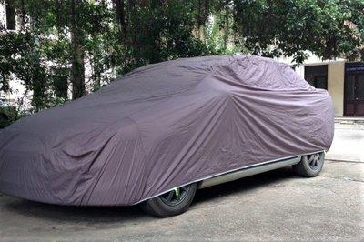 Che phủ ô tô để tránh những tác động của thời tiết làm hư hại lớp sơn ô tô 1