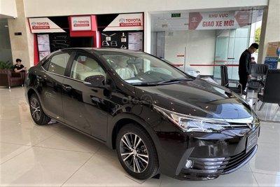 Toyota tiếp tục hỗ trợ phí trước bạ khi mua Corolla Altis, Innova và Fortuner trong tháng 3.