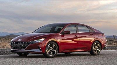 Hyundai Elantra 2021 nâng cấp ngoại hình.