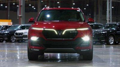 Xe ô tô VinFast xuất hiện trong đoạn phim dài 20 phút của Discovery.