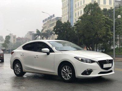 Mazda 3 sản xuất năm 2017 ngân hàng thanh lý với giá khởi điểm 490 triệu đồng. 1