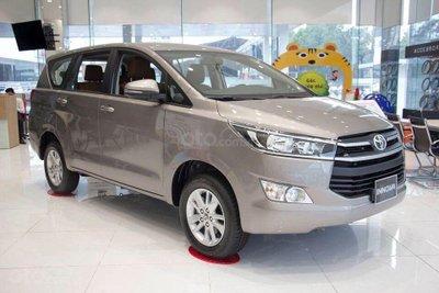 Toyota Innova 2019-2020 1