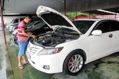 Kinh nghiệm mua xe ô tô cũ tại Hà Nội bạn cần biết - Ảnh 2.