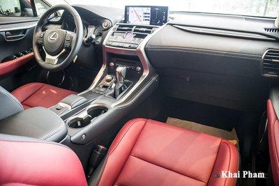 Cận cảnh xe Lexus NX 300 2020 đầu tiên về đại lý chính hãng tại Hà Nội a3