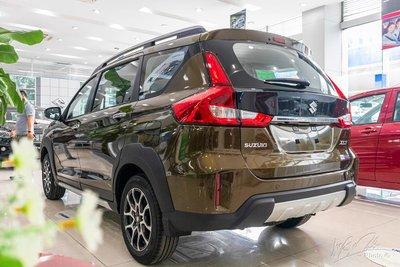 Ngoại hình mạnh mẽ và hiện đại của Suzuki XL7 2020.
