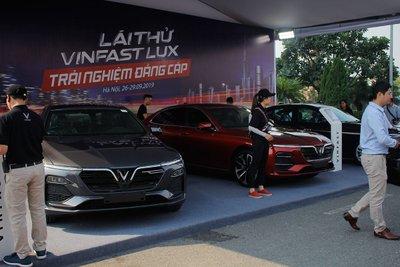 VinFast Lux giảm gần 300 triệu đồng trong tháng 5/2020 1