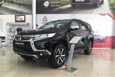Mitsubishi Pajero Sport giảm hơn 90 triệu đồng với bản máy dầu 1