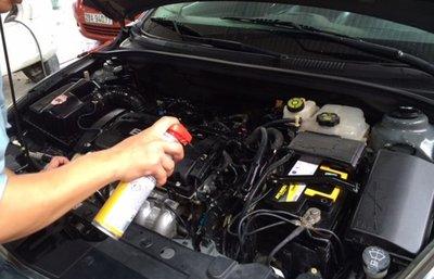 Những lưu ý khi tự rửa khoang máy ô tô tại nhà a6