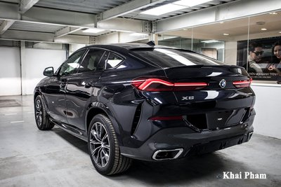 Ảnh sau trái xe BMW X6 2020
