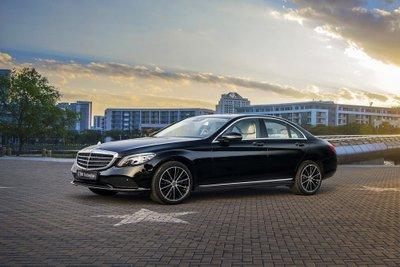 Giá xe Mercedes-Benz C200 Exclusive mới nhất...