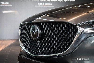 Thiết kế đầu xe Mazda 6 2020.