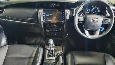 Vừa ra mắt Thái Lan, Toyota Fortuner nâng cấp đã xuất hiện không che tại Việt Nam a3