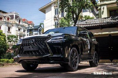 Ảnh đầu xe Lexus LX 570 Super Sport Black Edition 2020 phải
