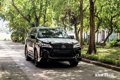 Ảnh trước xe Lexus LX 570 Super Sport Black Edition 2020