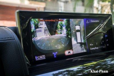 Ảnh màn hình camera xe Lexus LX 570 Super Sport Black Edition 2020